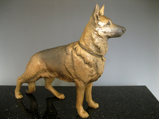 German Shepherd Bronze - yes